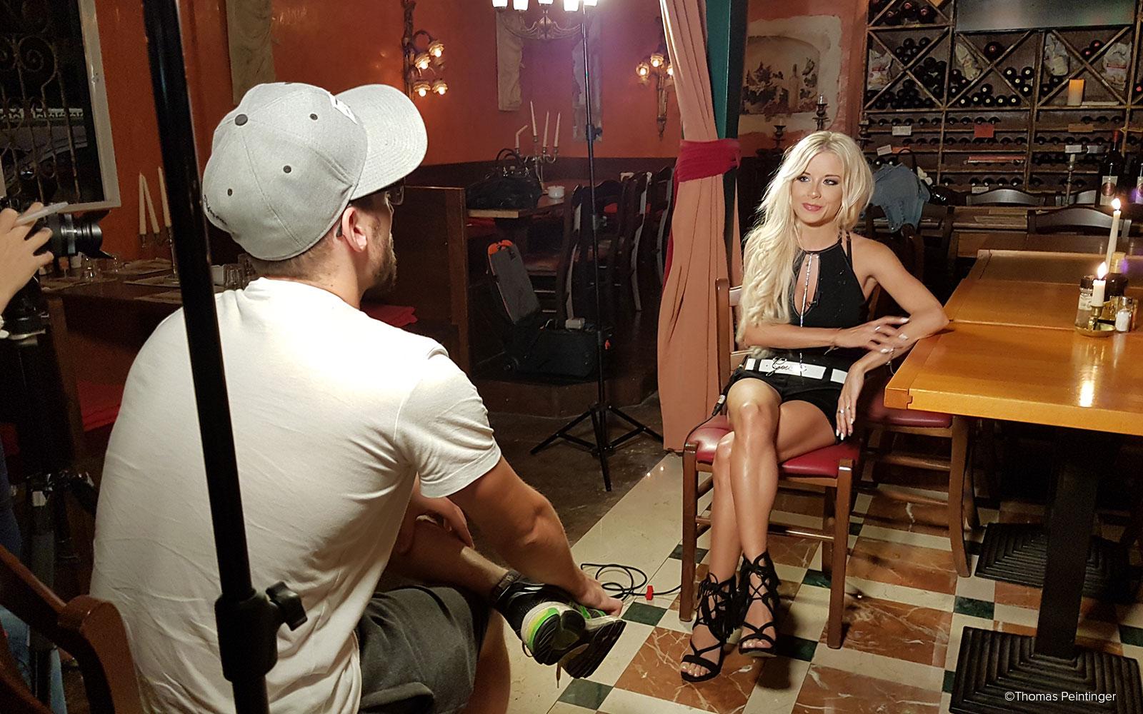Von Stereotypen, Klischees und der Pornobranche – Unser Interview mit Mia Julia